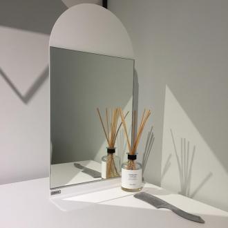 Настенная полка-зеркало 2